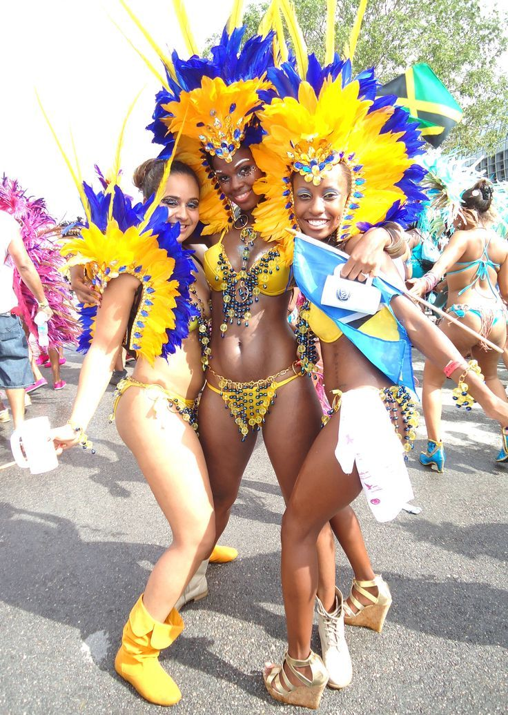 Carnival sexy ass — photo 1