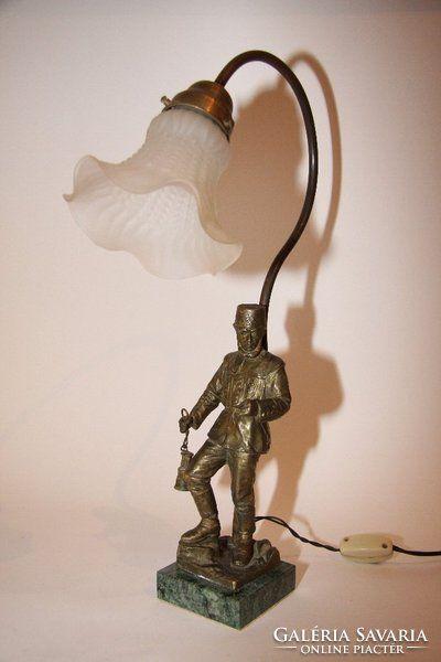 Bronz asztali lámpa,eredeti burával
