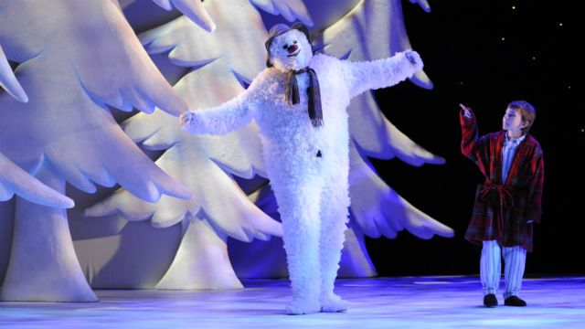 Enjoy a magical live dance version of Raymond Briggs' classic winter story, The Snowman, at the Peacock Theatre in London this Christmas. 23 Nov-1 Jan