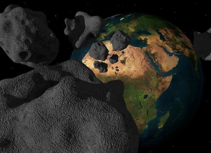 Trzymajmy kciuki za pogodę i bezchmurne niebo ponieważ już w ten weekend, w nocy z piątku na sobotę warto będzie wyjść na zewnątrz i spojrzeć do góry. W ziemskiej atmosferze będą płonąć meteory z roju Lirydów. według rożnych opinii możemy spodziewać się około 15-18 meteorów na godzinę.