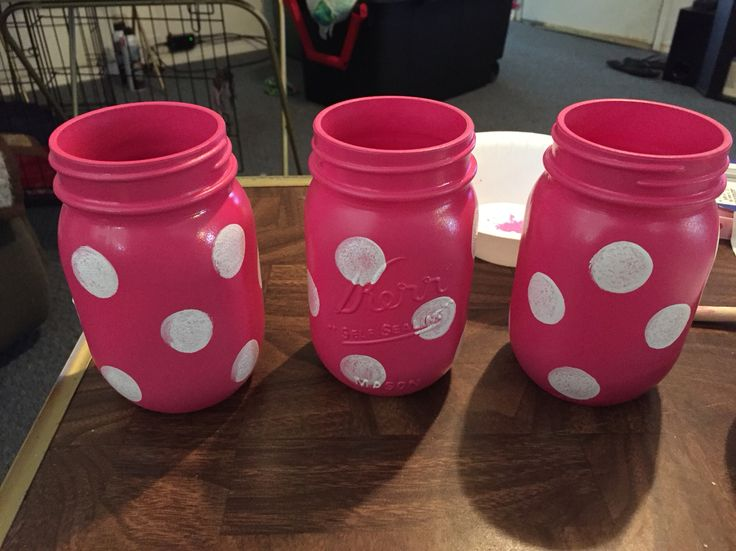 Minnie Mouse jars for center pieces.