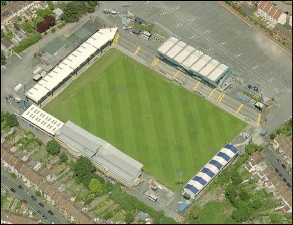 Bristol Rovers FC - The Memorial Stadium  - 12.011 tilskurer
