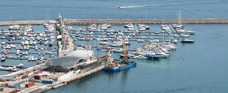 #Salerno #Maritime #Terminal: ne of the landmark of the new city of Salerno, designed by #ZahaHadid.