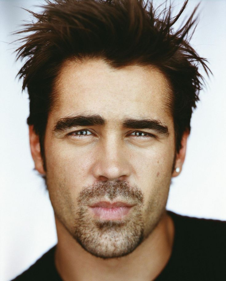 Colin Farrell. Collin falls into that cute bad boy category. The kinda guy you'd just like to go out once and have a wild time.