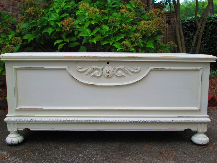 Antique White Distressed Handpainted Cedar Lined Hope Chest Coffee Table Antiques Chest