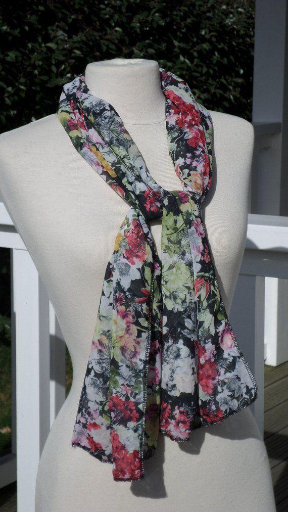 3f82638f517 Foulard écharpe étole pour femme en polyester imprimé fleurs de coloris  jaune