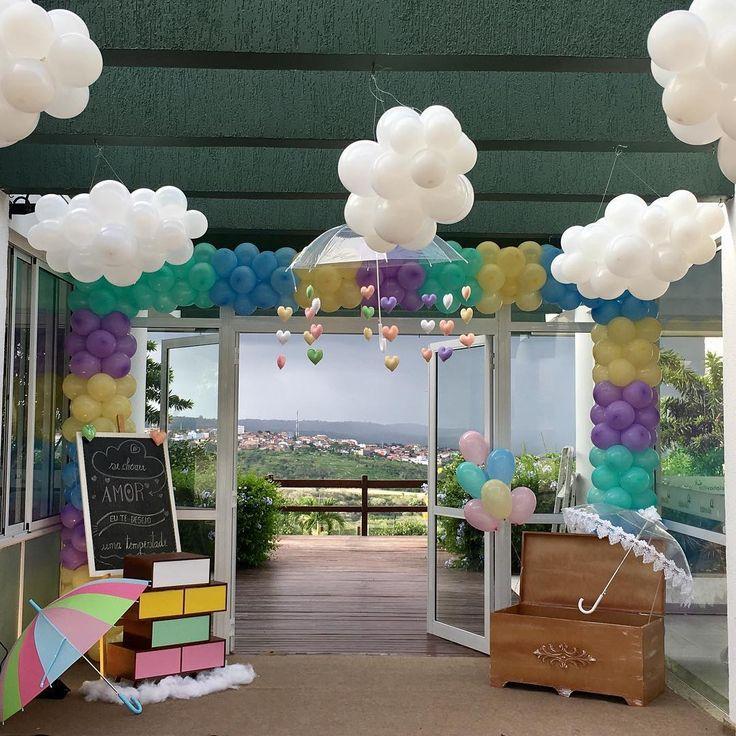 Sábado foi dia de chuva de amor, para celebrar o primeiro aninho de Marcela!!! #festainfantil #festamenina #festachuvadeamor