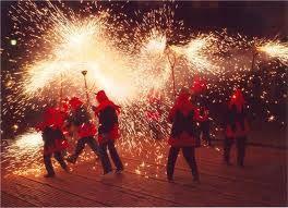 Festa Major de Gràcia – Vier Carnaval in Barcelona in augustus - John's Blog