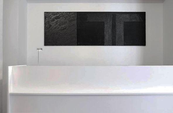 Espace Abstract Art Gallery_Lausanne (CH)_design: Riccardo Salvi + Luca Rossire_ {Logica:architettura}