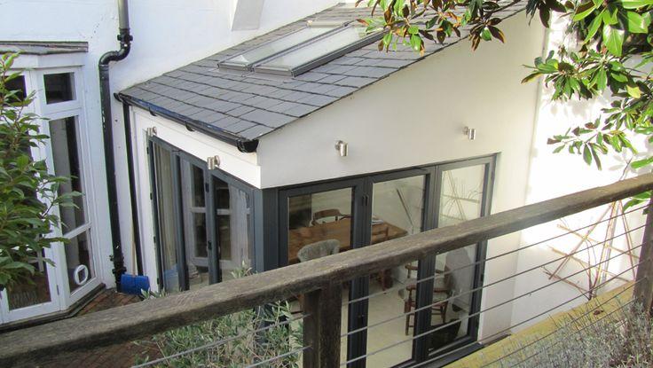 villas with glass expansion kitchen  Google Search  Keuken met serreorangerie  Kitchen diner