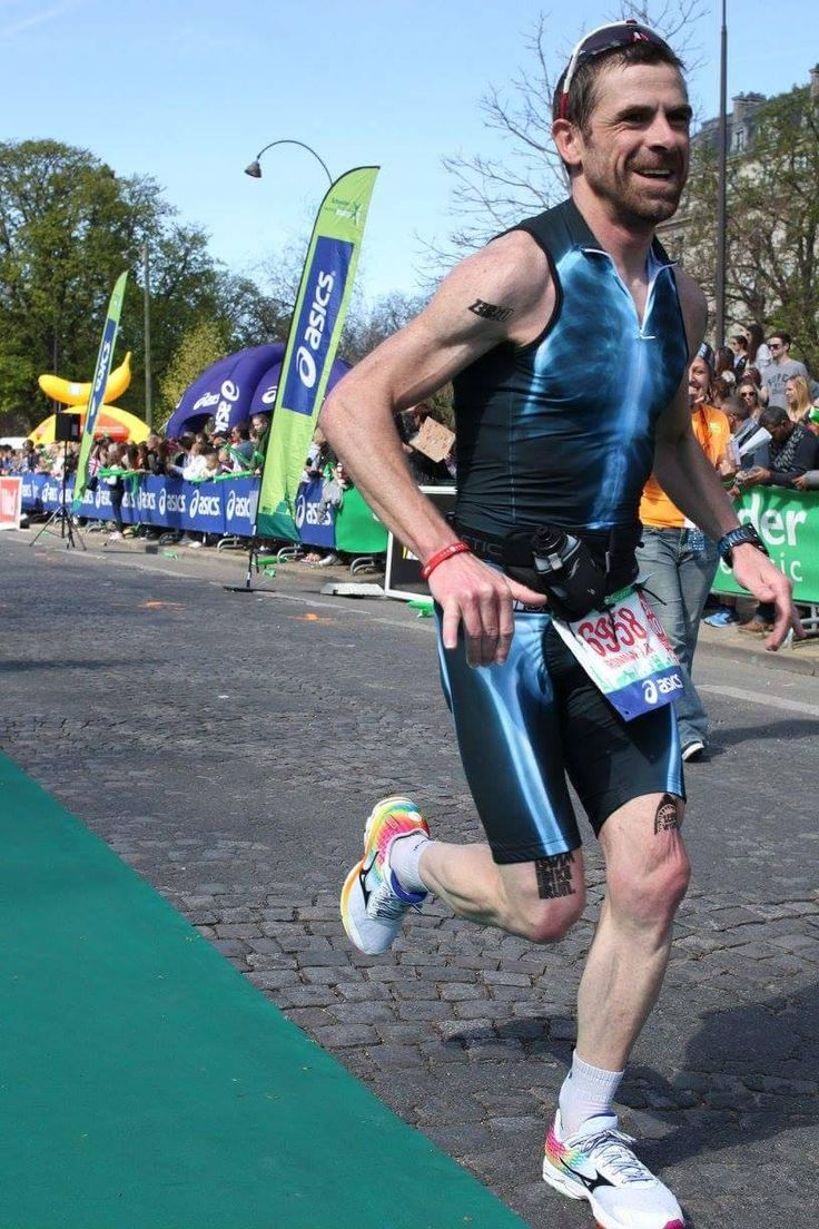 triathlon apparel - finish line