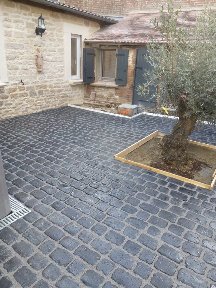 pav courtstone pierre sol pav s courtstone pinterest. Black Bedroom Furniture Sets. Home Design Ideas