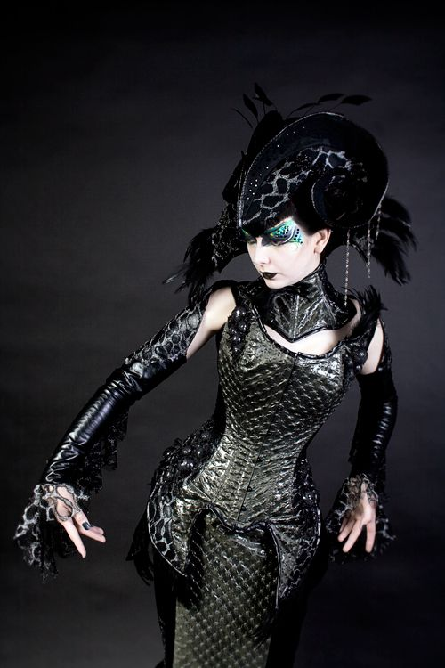 29 best gothic faerie images on Pinterest Gothic, Board and Clothes - wandgestaltung gothic