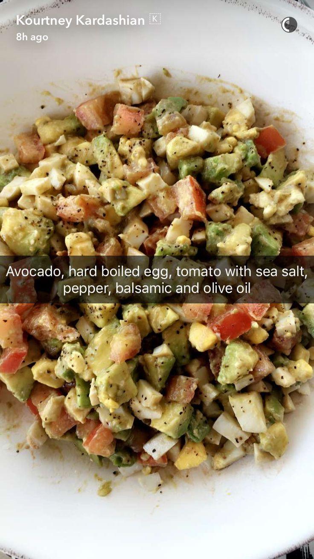 Kourtney Kardashian's salad Más