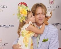 Anna Nicole Smith's daughter stole Kentucky Derby show. #examinercom
