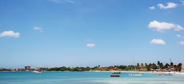 This site has Aruba Weather, Forecasts & Climate patterns! Great for helping us decide the best time to go!! #aioutlet