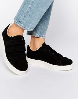 1000 id es sur le th me chaussures en daim sur pinterest chaussures de basket puma talons. Black Bedroom Furniture Sets. Home Design Ideas