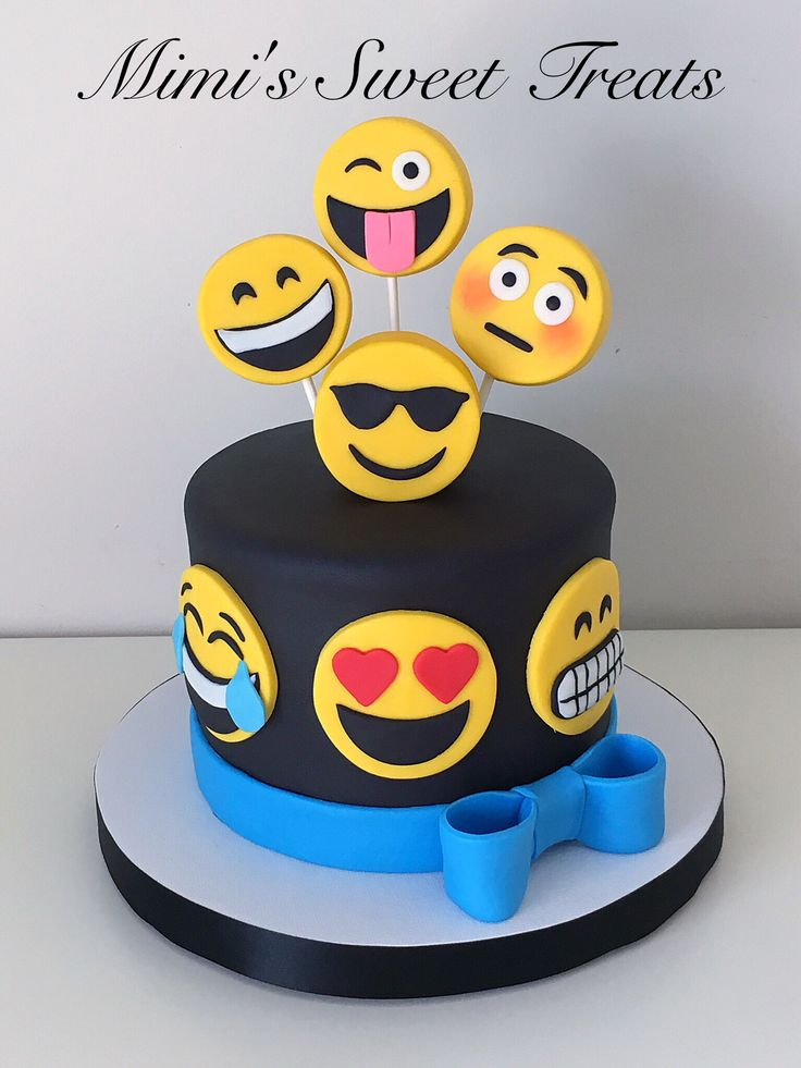 The 25 best Emoji cake ideas on Pinterest Birthday cake emoji