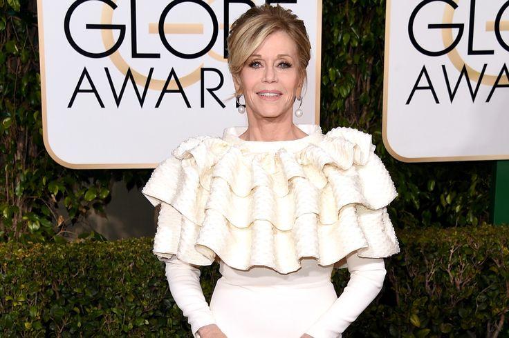Jane Fonda's Mega Ruffles Owned it on the Golden Globes 2016 Red Carpet | Vanity Fair