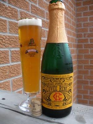 Beer: Lindemans Cuvée René  Brewery: Brouwerij Lindemans  Type: Gueuze  ABV: 5.5%