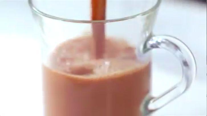 Disfruta de esta deliciosa bebida de #cocoa con leche de #coco y #almendras.