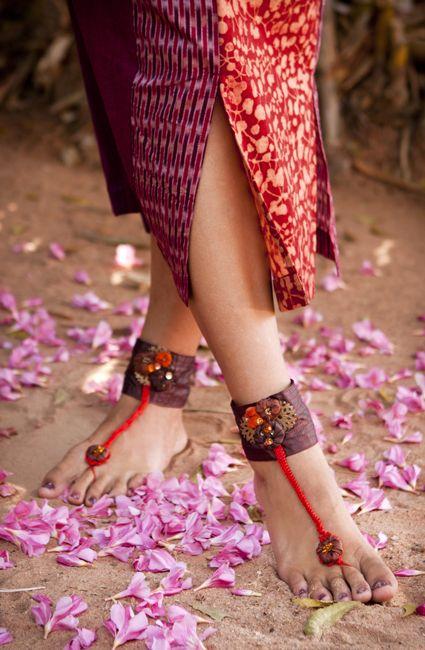 Fairy Feet, hand made feet accessory, silk and hand embroidery.