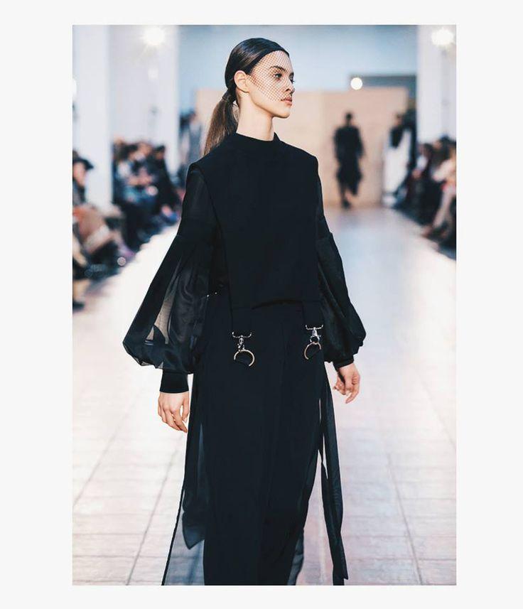 Fashion designer : Andreea Castrase