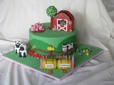 Farm Themed Cake by Cake Fiction by Mel, via Flickr