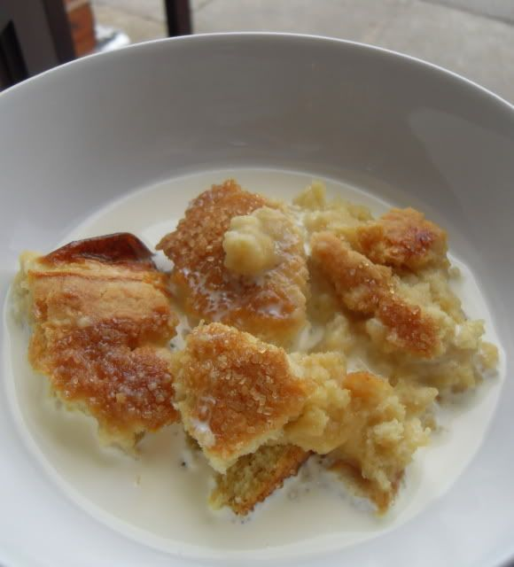 The English Kitchen: Hollygog Pudding, with lots of golden syrup, originates from Oxfordshire.