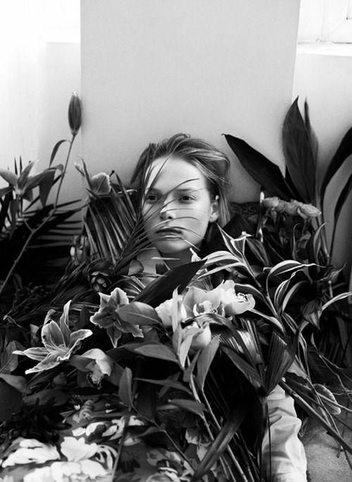 """""""Secret Garden""""  Polina Kouklina by Thomas Lohr"""