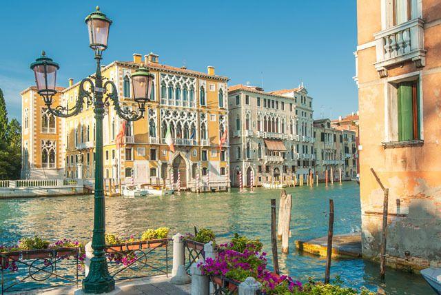 4* Venice Break, Breakfast & Flights