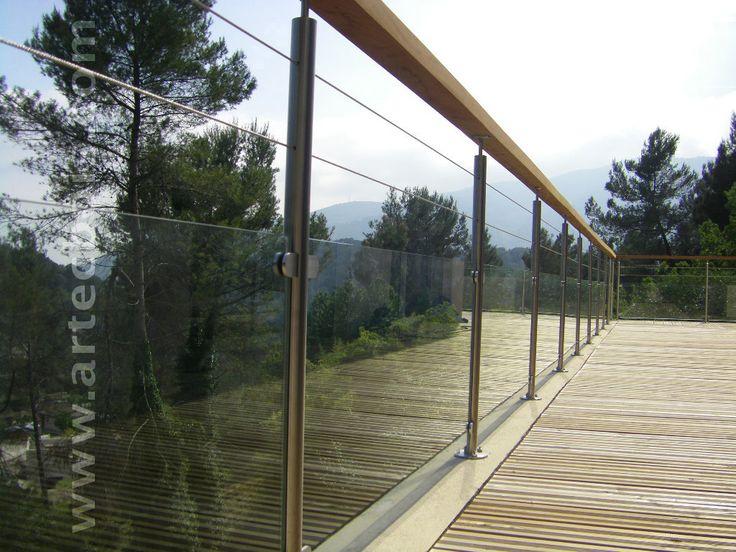 Les 25 meilleures id es concernant rambarde balcon sur for Barriere inox exterieur