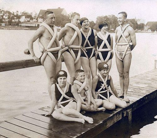 Germany, 1925. A group on industrious young swimmers use bike tire tubes as flotation devices. Credit: National Archive of Germany