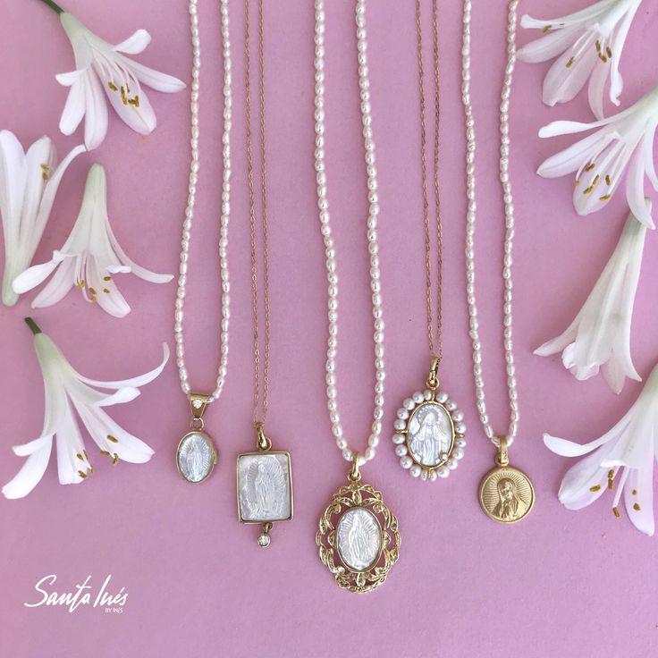 Medallas para primera comunión en oro 14k  Santa Inés - México  Instagram: santainesmx Whatsapp: 8180294384