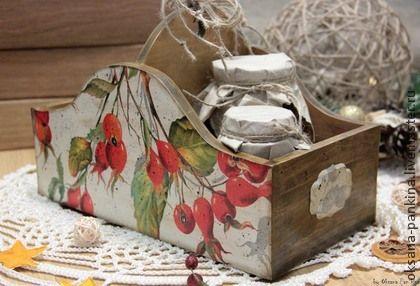 `Шиповник`короб для кухни. Короб для специй,конфет,печенья,бубликов,сухарей,можно использовать для нужных мелочей в доме.  Короб сделаю на заказ с любым мотивом.