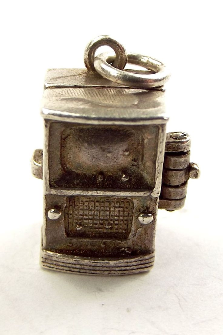A rare Vintage Silver Charm TELEVISION Set Opens CAMERA...
