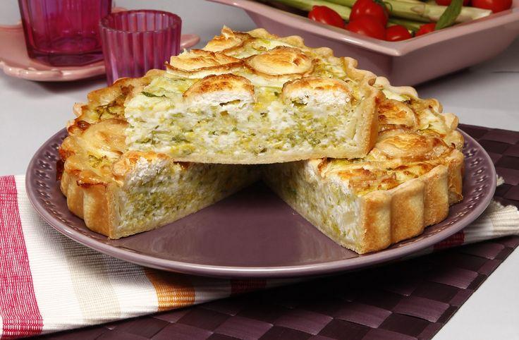 Receita de Quiche de alho-francês com queijo de cabra. Descubra como cozinhar Quiche de alho-francês com queijo de cabra de maneira prática e deliciosa com a Teleculinária!