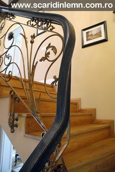 Balustrada - mana curenta lemn curbat la scari de lemn interioare