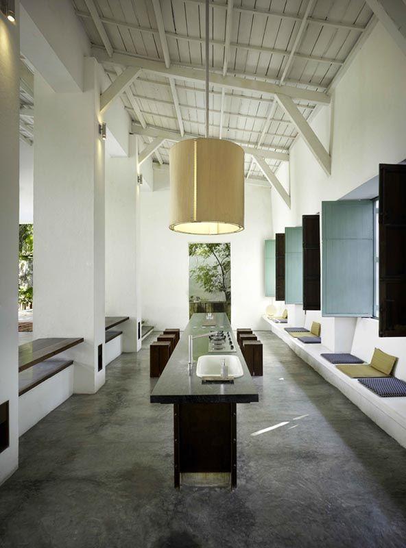 Casa Honda Colombia, Octubre Arquitectura y diseño.