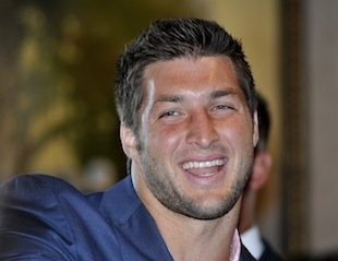 Cheating website offers $1 million to anyone who sleeps with Tim Tebow