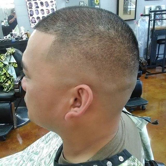 Hooked up the bro @bmbx_105plus  this morning before his wedding.... Congrats bro #FreshCutz #SDSU #SanDiegoBarber #SDFinestBarbers #HairEvolution #barbersinctv #Barber #Barbershop #BarberGame #BarberGang #BarberLife #BarberLifestyle #BarberHustle  #ElCajon #BeardGang #MensHairstyle #MensFashion #sdfinestbarbers #cosmetology #BarberMovement #BarberWorld #SanDiegoArt #LaMesa #EliteBarberCartel #LaJolla #BarberSurgeon #DowntownSanDiego #CityHeights #HooverCardinals #Andis @kcutzbarbershop…
