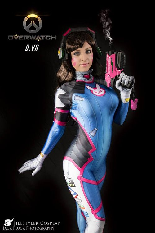 D.Va from Overwatch Cosplay http://geekxgirls.com/article.php?ID=7169