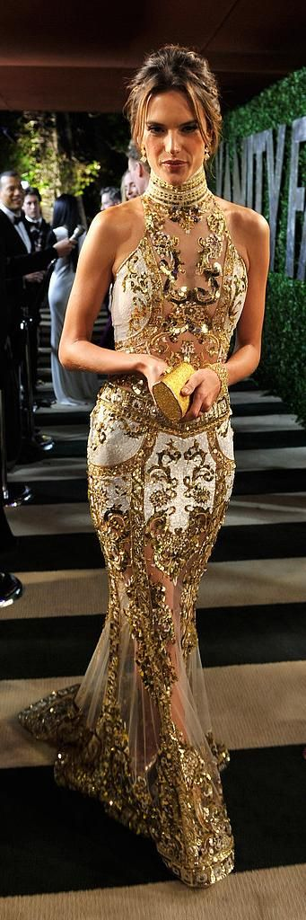 Luxury Black Tie Event and what better to wear than luxurious gold, in the form of this Stunning, elegant gown..K♥