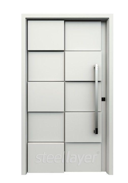 As portas SteelLayer® de Ananda Metais® tem a qualidade de produtos de alto padrão que abrange design e sofisticação dos modelos e dos componentes. E possuem proteção que asseguram resistência à corrosão e à intempéries. Confira também a grande variedade de cores e estampas.
