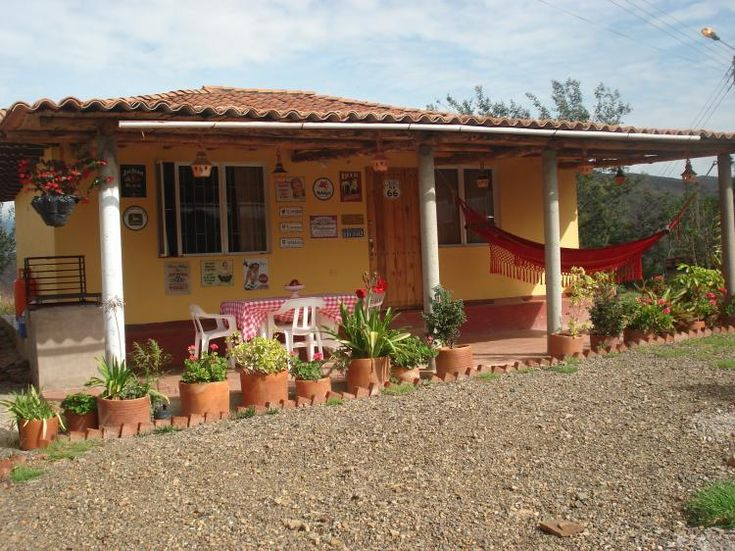 1000 images about spanish and latin american home design for Modelos de fincas campestres