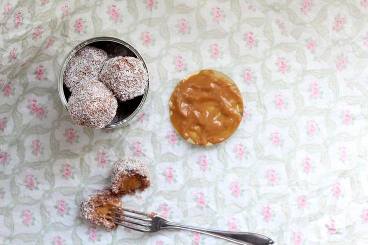 Chokladbollar med Dulce de Leche-gömma | Fridas bakblogg