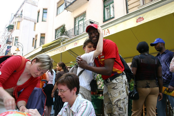 Celebration of World Refugee Day 2006 taking place at the Ráday utca in Budapest, Hungary. © UNHCR/M. Várai/2006