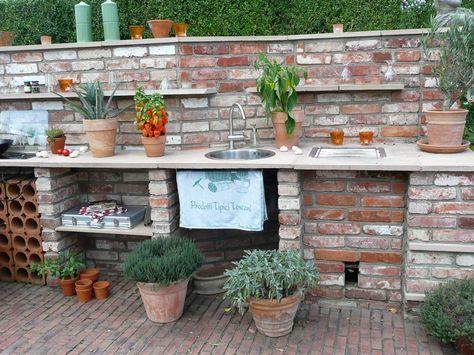 Outdoorküche Mit Spüle Kaufen : Outdoorküche aus historischen klinkern mit green egg grill und spüle