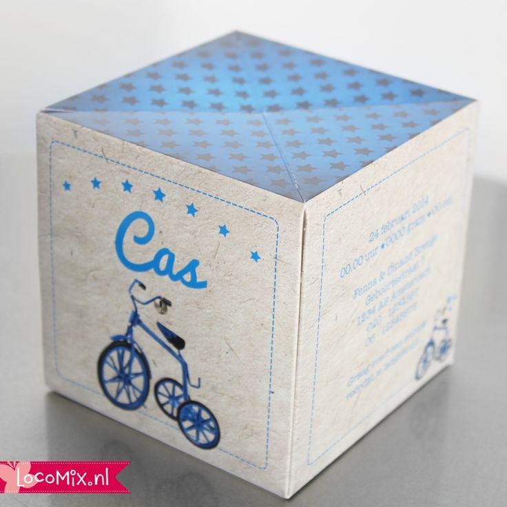 Originele geboortekaartjes met retro fietsje in blauw of rood! Vraag nu een gratis digitale proefdruk aan! baby announcement card retro bike