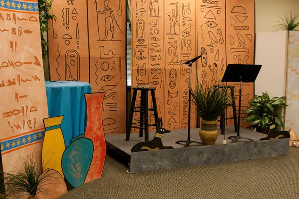 Vbs 2010 egypt file theme theme great tomb raid for Ancient egyptian tomb decoration